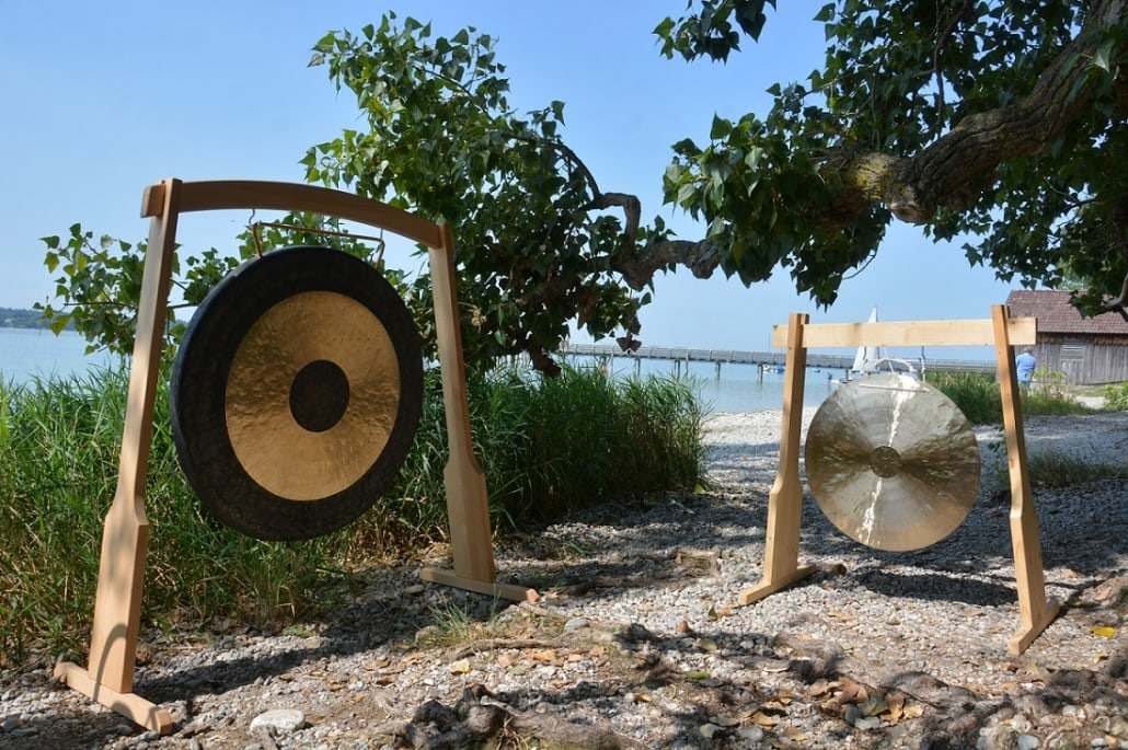 Gongs am Ammersee